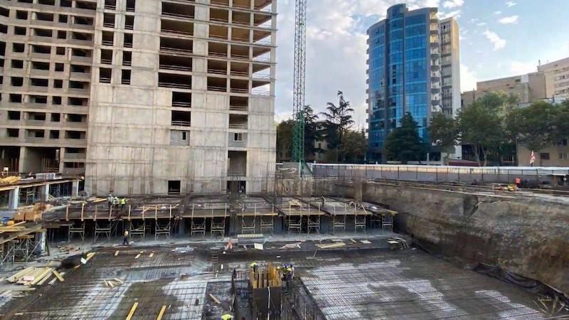დაუსრულებელი და ავარიული შენობები თბილისში – რა ხედვა აქვთ კანდიდატებს?