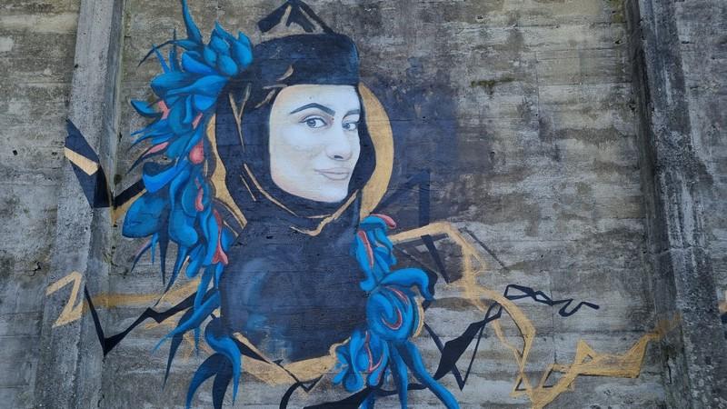 Street Art სოხუმის უფუნქციო შენობებზე