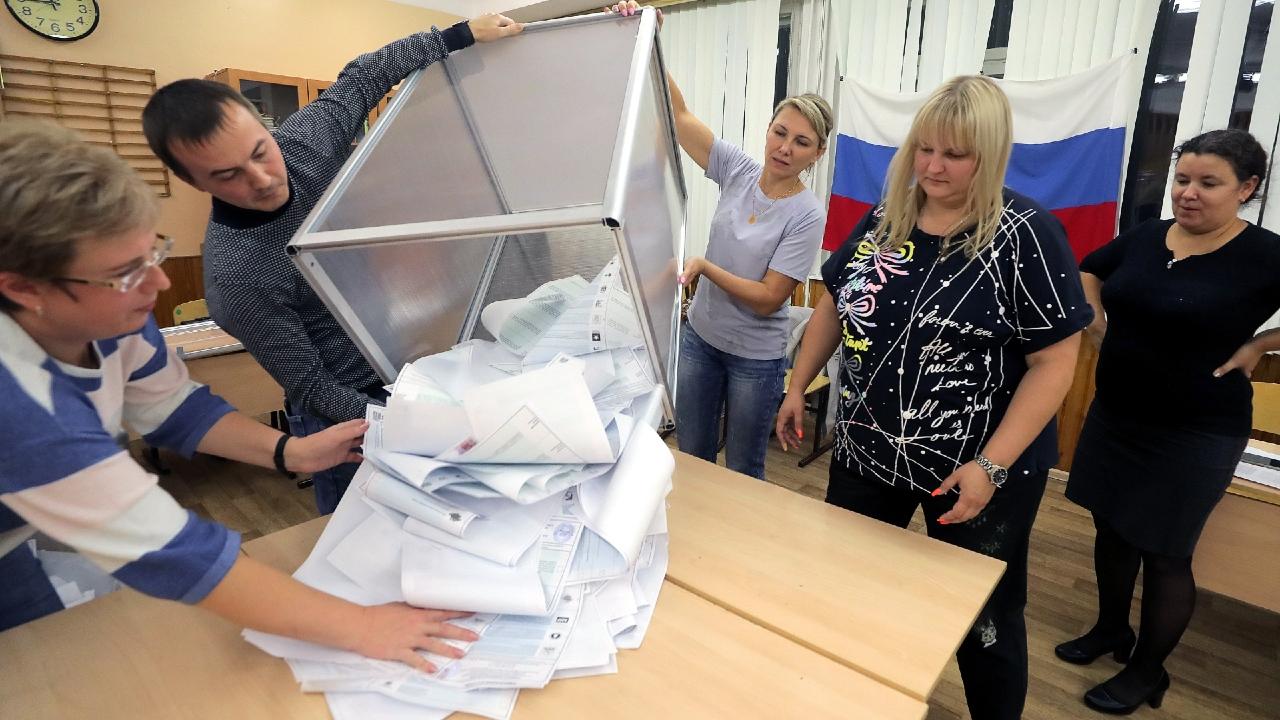 არჩევნები რუსეთში: პუტინის პარტიამ შეინარჩუნა საკონსტიტუციო უმრავლესობა