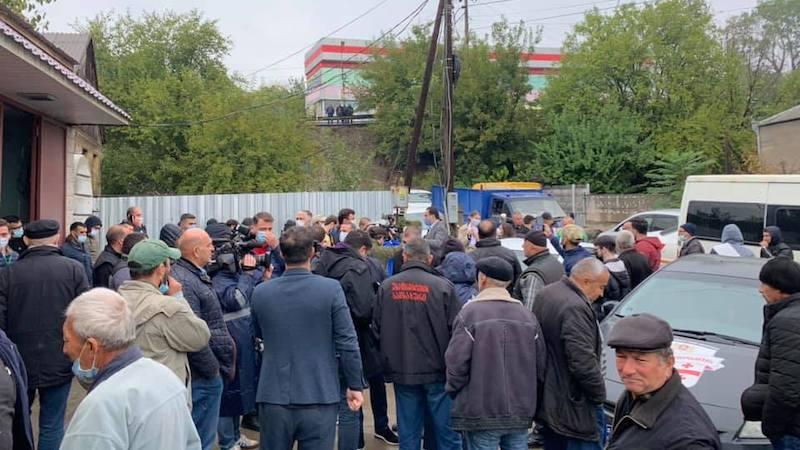პოლიციამ არჩევნების დღეს ადმინისტრაციული წესით 7 პირი დააკავა – შსს