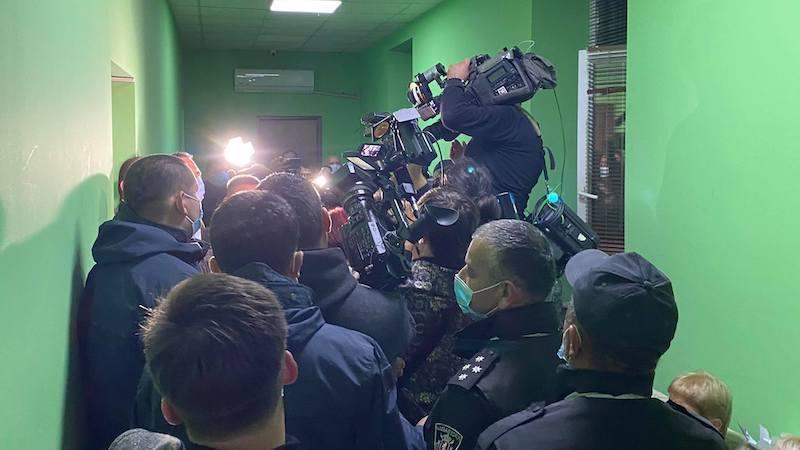 В Областной комиссии Зугдиди произошло противостояние